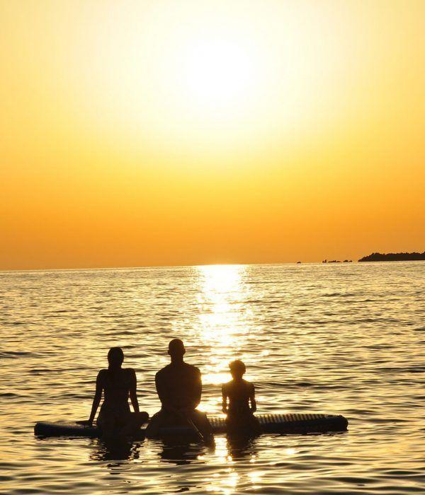 excursion-paddlesurf-alicante-sunset-club-surf-el-moreno-alicante